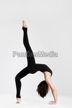 slim, dancer, in, yoga, pose - 3086199