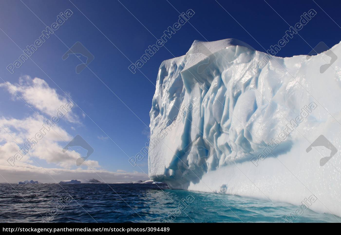huge, iceberg, in, antarctica - 3094489