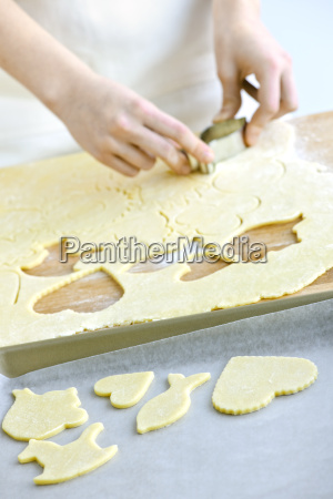 cutting, cookies, from, dough - 3096791