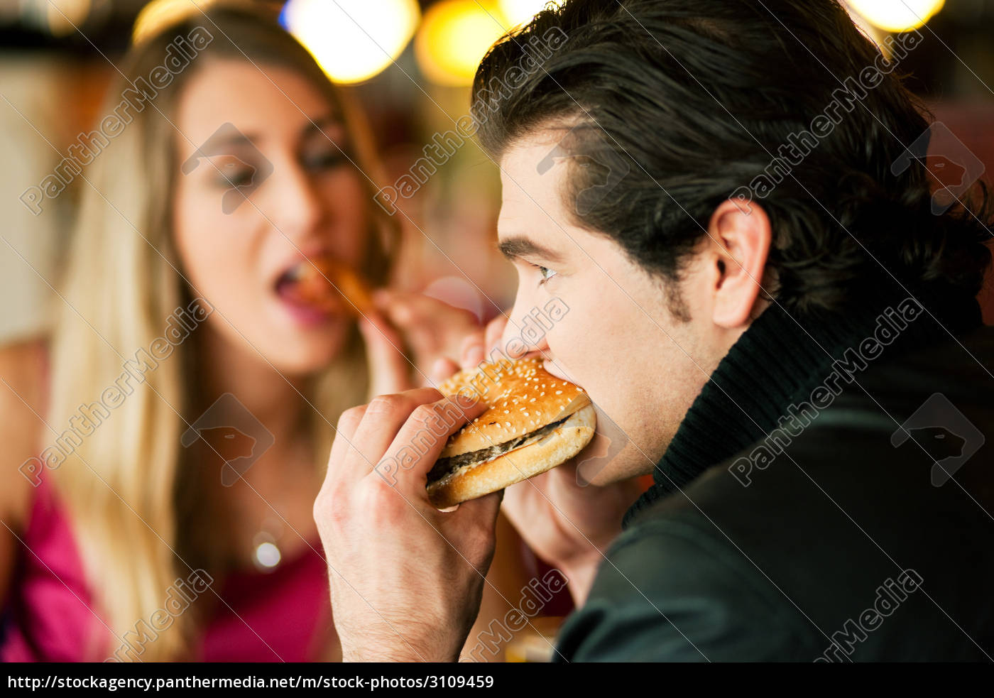 couple, in, restaurant, eating, fast, food - 3109459