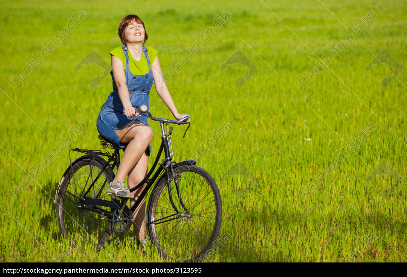 riding, a, bicycle - 3123595
