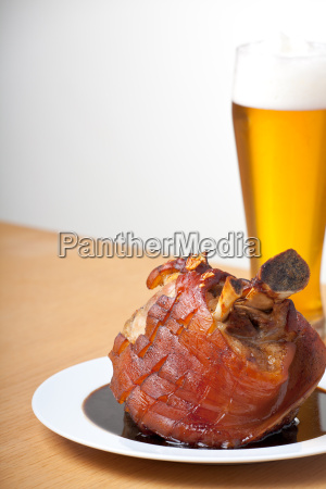 pork with wheat beer