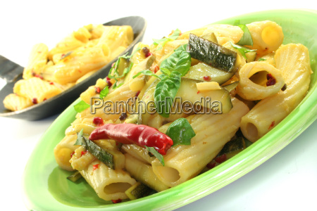 pepper dough noodles basil garlic chilli