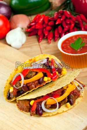 tacoschalen gefuellt