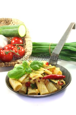 tortiglione with fiery chili and zucchini