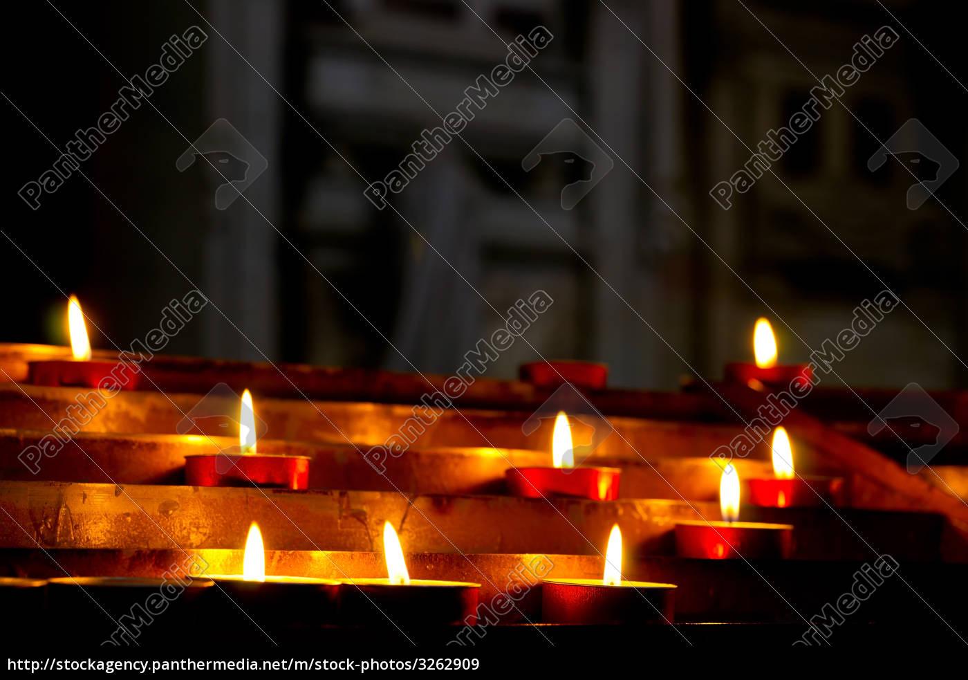 church, candles - 3262909