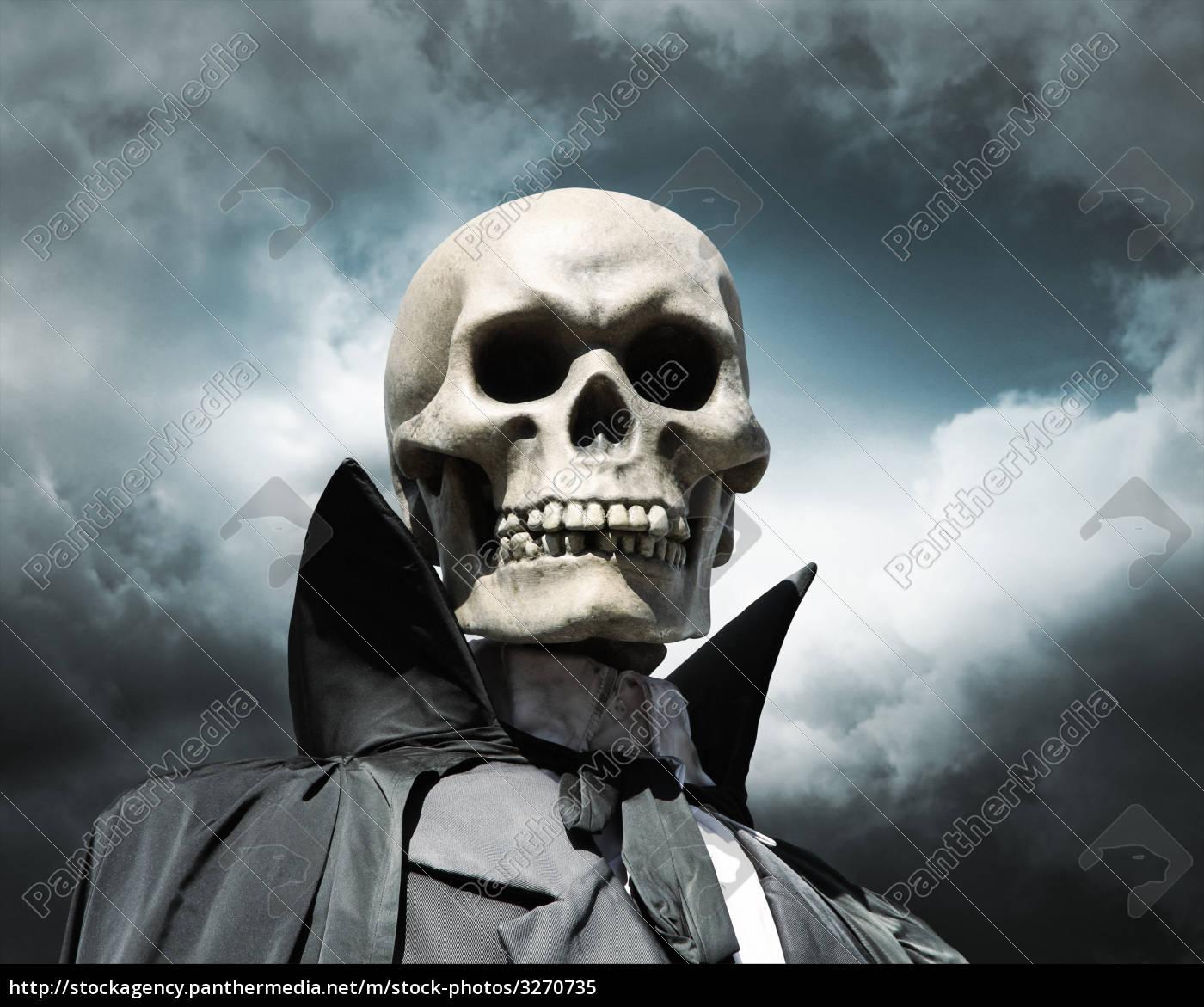death, skeleton, on, a, cloudy, sky - 3270735