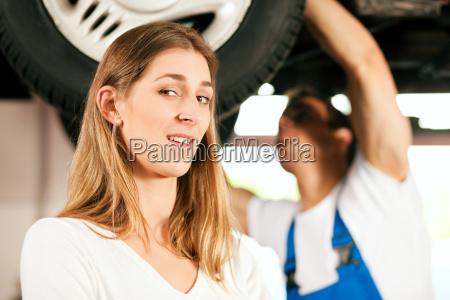 car, mechanic, repairing, car, of, woman - 3277871