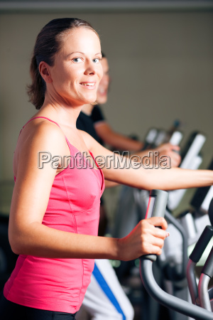 people, train, on, crosstrainer - 3293441