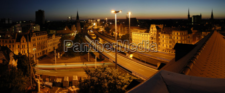 halle saale franckeplatz at night