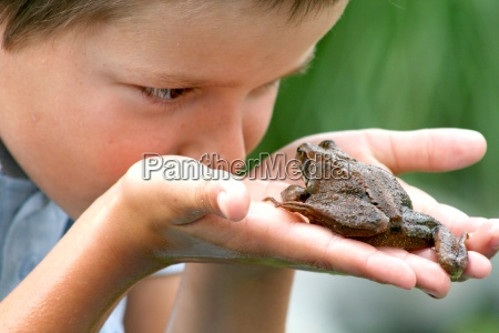child and toad