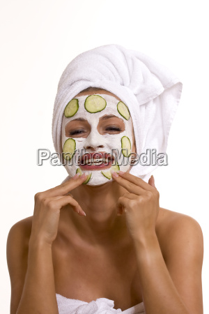 woman with facial mask 140910 5