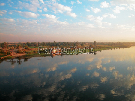 reflection of cloud on water nile