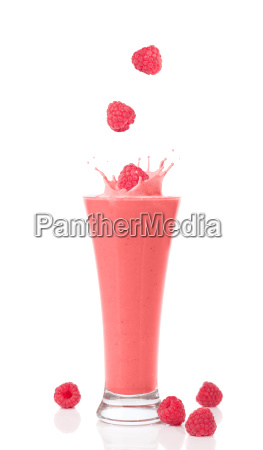raspberry and strawberry smoothie