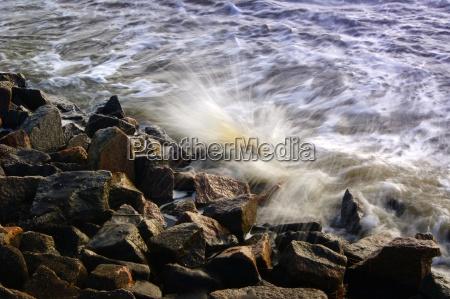 nordseebrandung on the rocks on the