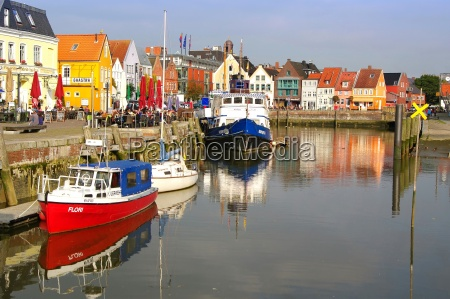 port of husum on the north