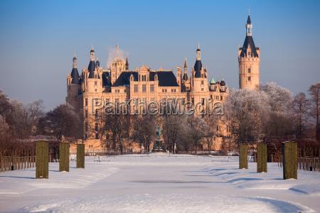 castello di schwerin in inverno