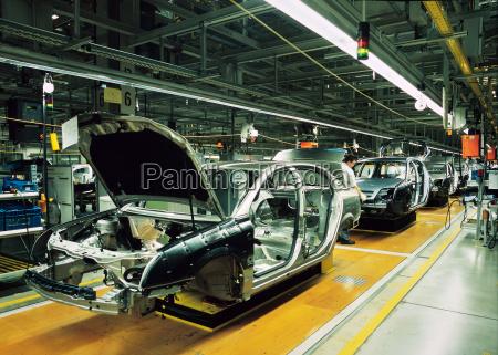 linea di produzione di auto