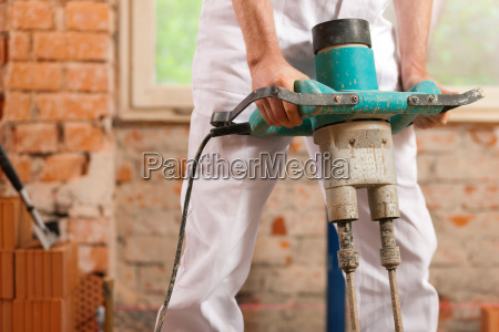 construction workers mixed mortar