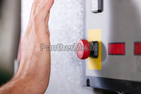 emergency man turns off machine