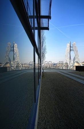 sculpture berlin community group