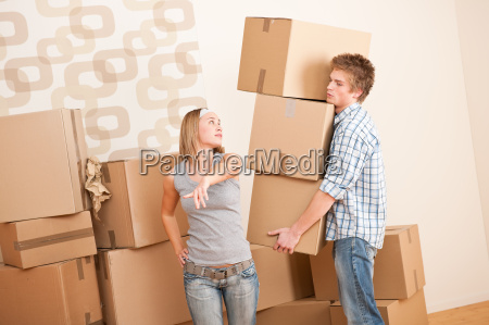 moving house man and woman with
