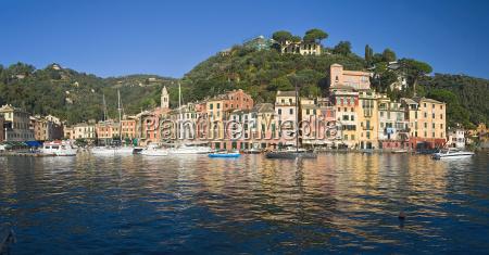 ciudad de agua mediterraneo de agua