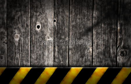 bretterwand and striped warnbake