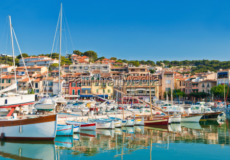 the seaside town of cassis in