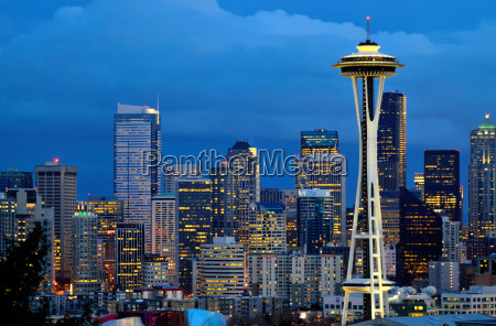 seattle space needle at dusk viewed