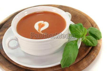 cream tomatoes tomatos basil tomato soup