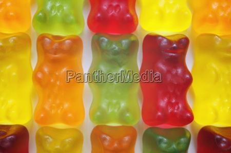 gummi bears macro yelly babies