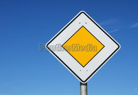 priority road sign sky