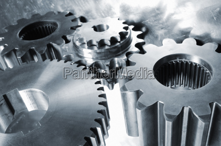 gear wheels and pinions of steel