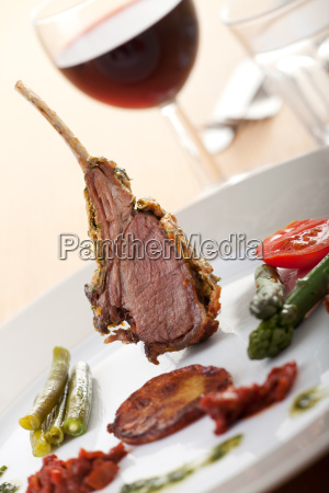 grilled lamb chops with wine