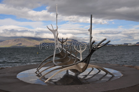 viking ship sculpture in the