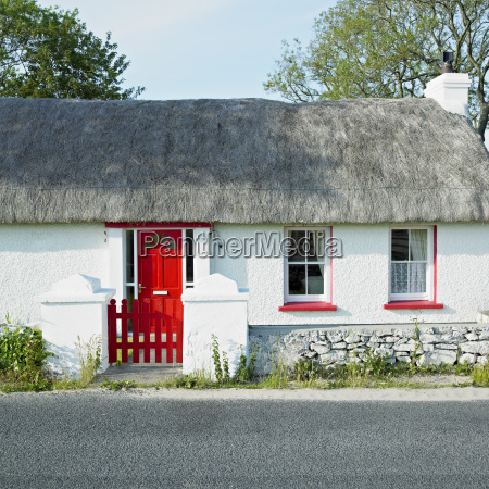 cottage county donegal ireland