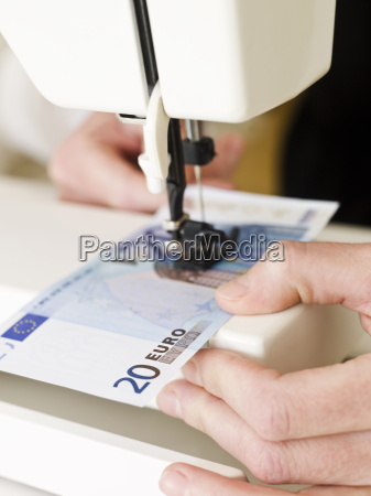 sewing a euro bank note