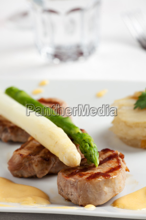 white and green asparagus on fillet