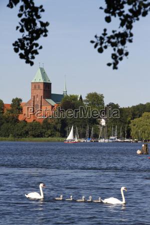 lago ratzeburger con la cattedrale