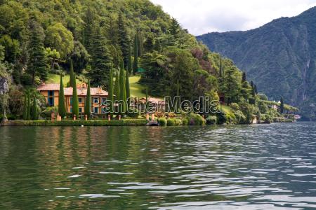 villa park on lake como italy