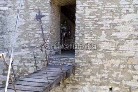 drawbridge in castello di vezio in