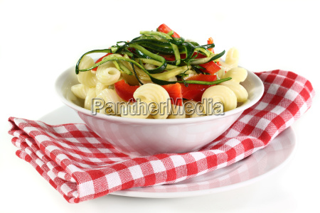 pasta with peppers and zucchini vegetables