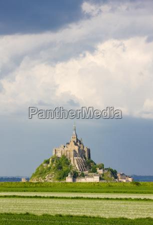 mont saint michel normandy france