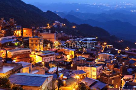 jiu fen village at night in