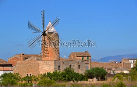 traditional windmill