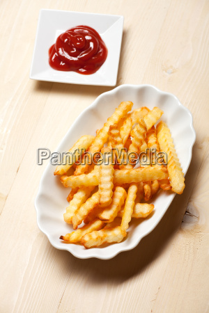 fries with ketchup