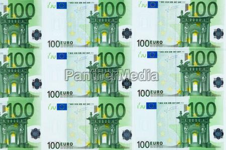 arranged symmetrically bills