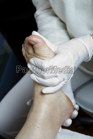 medical pedicure foot care