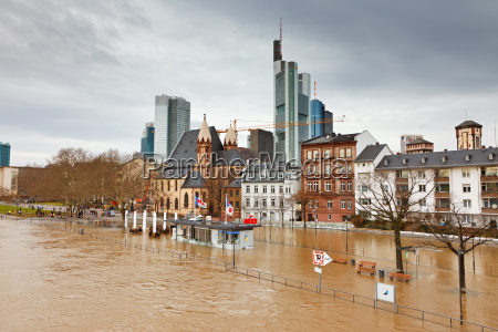 flood in frankfurt